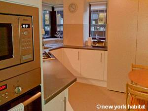 London 1 Bedroom accommodation - kitchen (LN-1109) photo 1 of 1