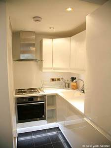 London 2 Bedroom - Duplex accommodation - kitchen (LN-1120) photo 2 of 2