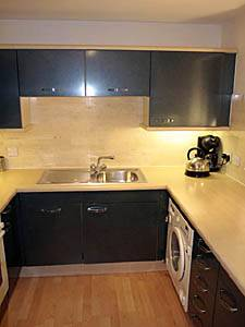 Londres T2 logement location appartement - cuisine (LN-1153) photo 1 sur 1