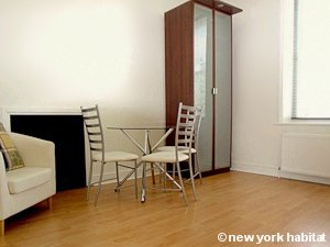 London 1 Bedroom apartment - living room (LN-1161) photo 2 of 2