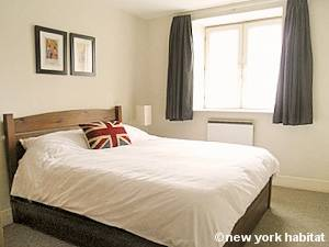London 1 Bedroom apartment - bedroom (LN-1175) photo 1 of 1