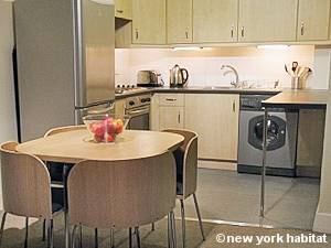 London 1 Bedroom apartment - kitchen (LN-1175) photo 1 of 1