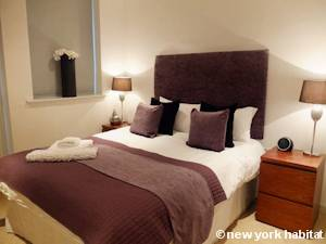 London 1 Bedroom accommodation - bedroom (LN-1201) photo 1 of 6