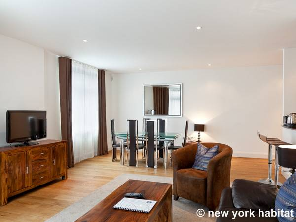 London 3 Bedroom accommodation - Apartment reference LN-1261
