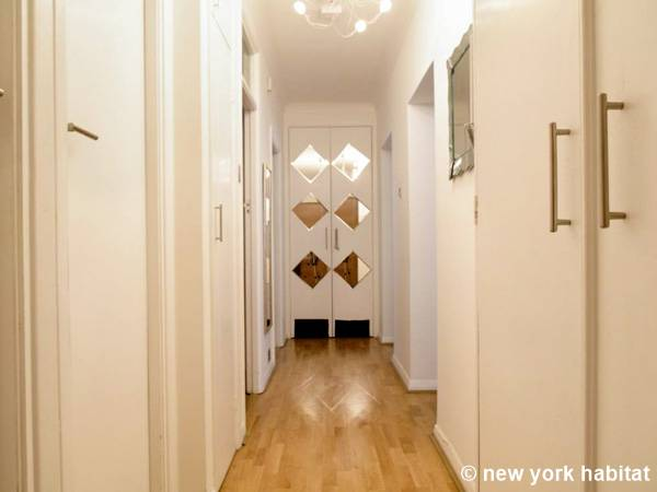 London 2 Bedroom apartment - other (LN-1474) photo 1 of 2