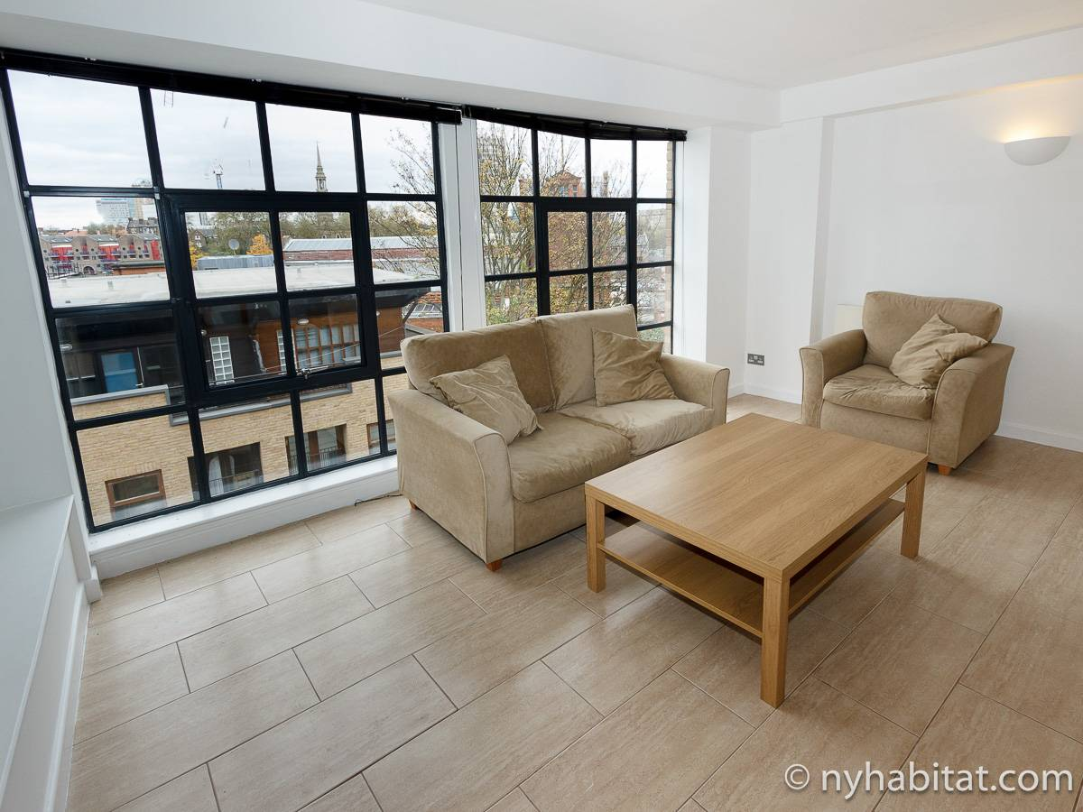 Studio Apartment London london apartment: alcove studio apartment rental in shadwell