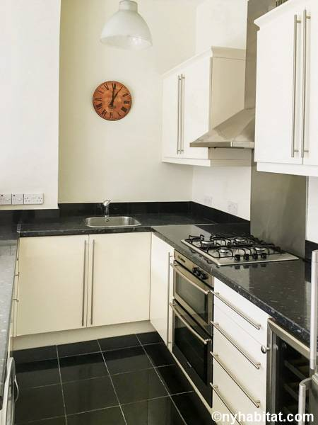 London 1 Bedroom apartment - kitchen (LN-1687) photo 2 of 2