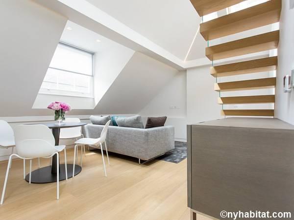 London Apartment 2 Bedroom Penthouse Apartment Rental in Soho LN