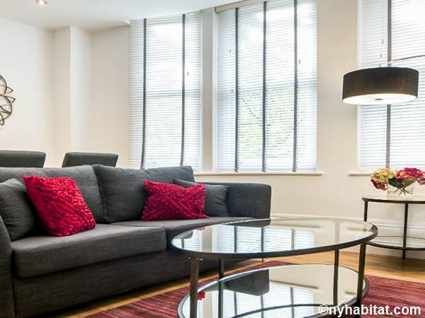 London 1 Bedroom - Townhouse accommodation - living room (LN-1782) photo 1 of 2