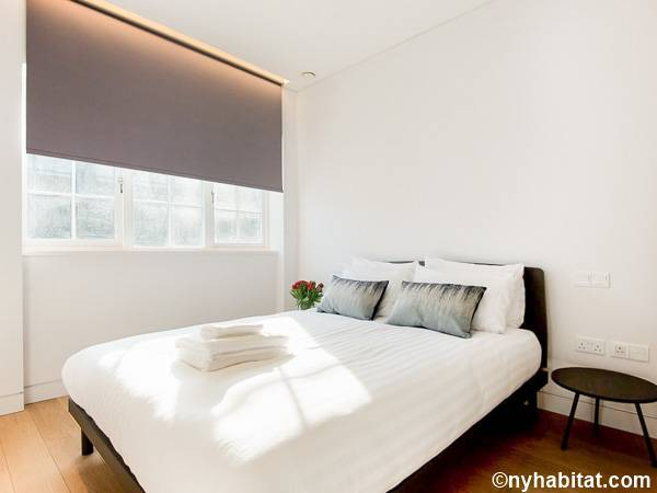 London 1 Bedroom apartment - bedroom (LN-1795) photo 1 of 4