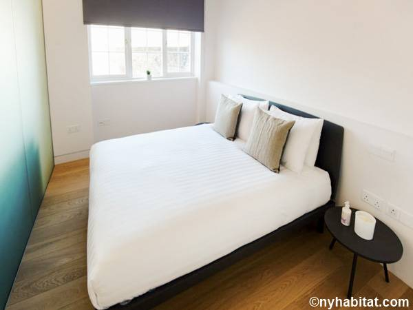 London 1 Bedroom apartment - bedroom (LN-1799) photo 1 of 2