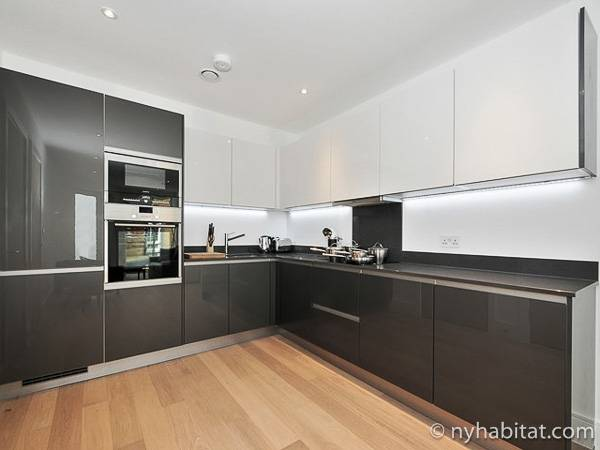 London 1 Bedroom accommodation - kitchen (LN-1865) photo 2 of 2