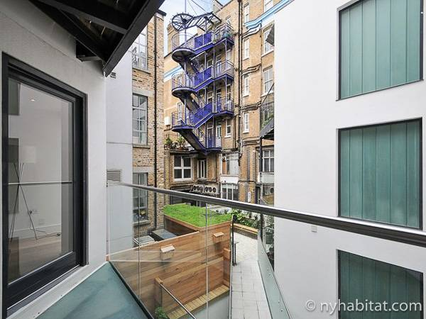 London 1 Bedroom accommodation - other (LN-1865) photo 1 of 1