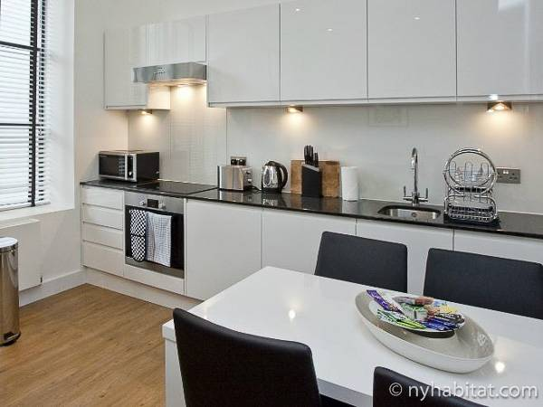London 2 Bedroom accommodation - kitchen (LN-1880) photo 1 of 1