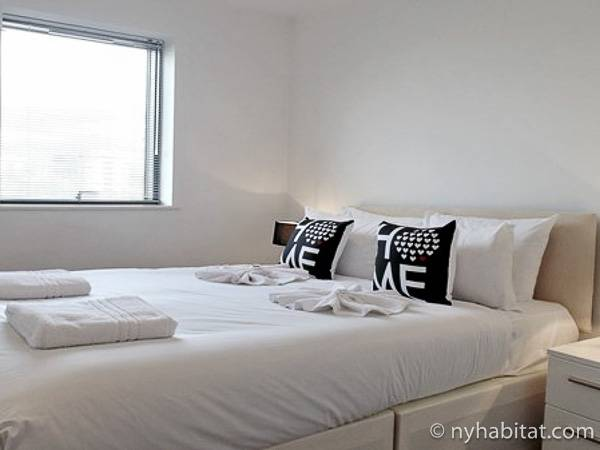 London 1 Bedroom accommodation - bedroom (LN-1892) photo 1 of 1