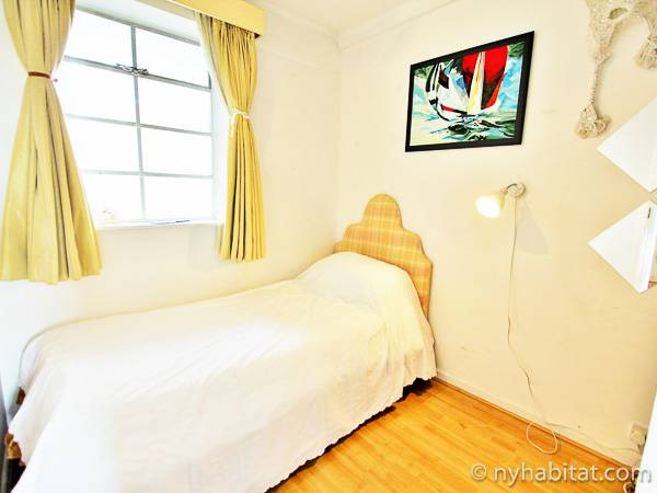 London 2 Bedroom apartment - bedroom 2 (LN-1914) photo 1 of 1