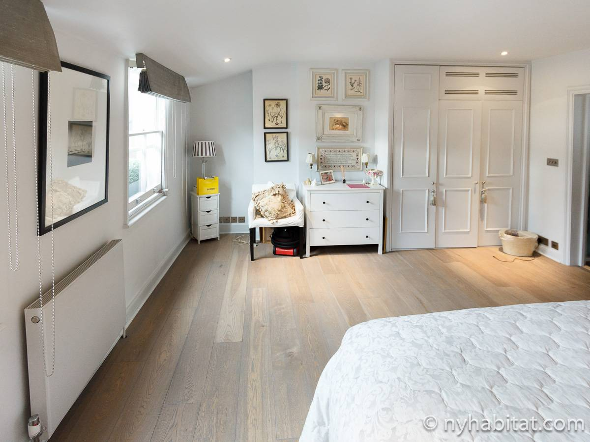 London Apartment: 1 Bedroom Duplex Apartment Rental in ...
