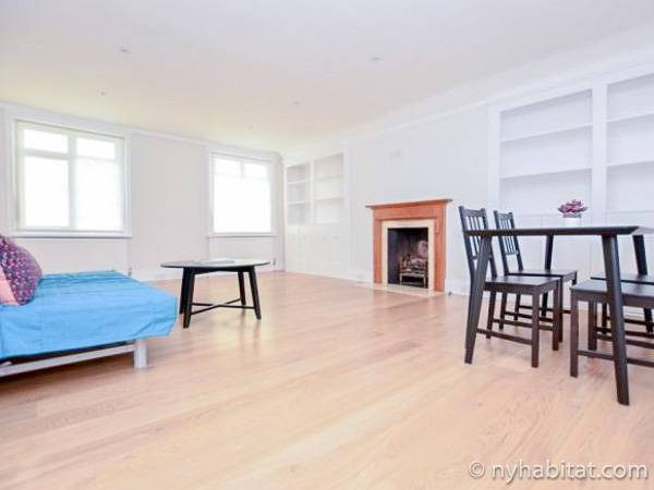 London 2 Bedroom - Duplex apartment - living room (LN-1941) photo 2 of 3
