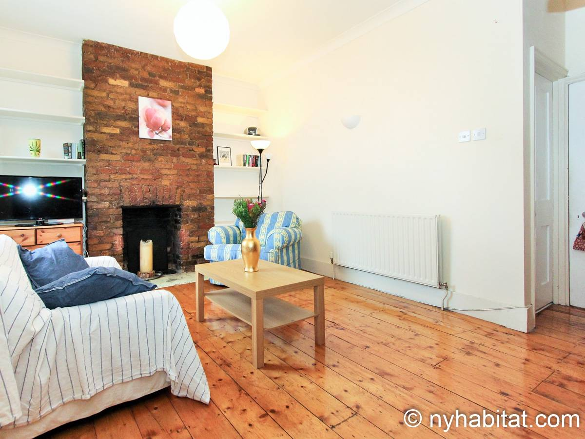 London 3 Bedroom - Duplex apartment - living room (LN-1951) photo 2 of 6