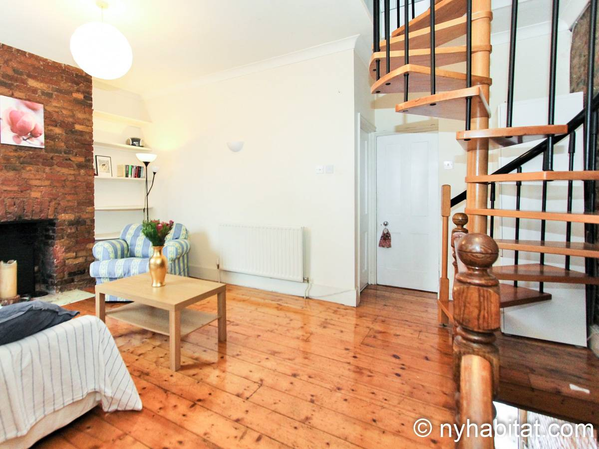 London 3 Bedroom - Duplex apartment - living room (LN-1951) photo 5 of 6