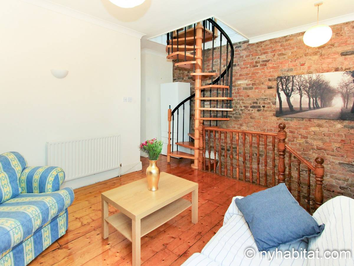 London 3 Bedroom - Duplex apartment - living room (LN-1951) photo 4 of 6