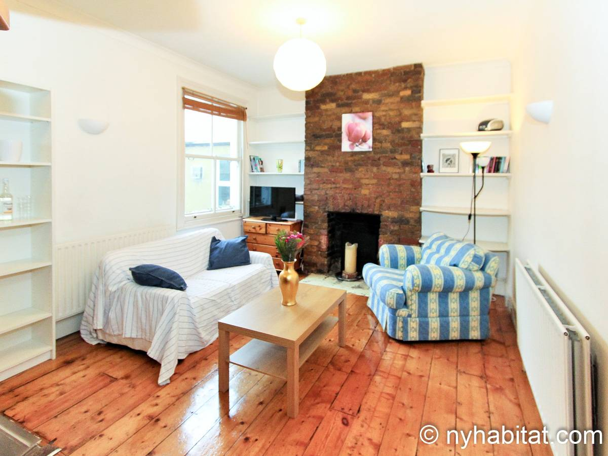 London 3 Bedroom - Duplex apartment - living room (LN-1951) photo 3 of 6