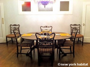 New York 3 Bedroom - Duplex roommate share apartment - living room (NY-11) photo 14 of 18