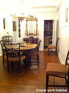 New York 3 Bedroom - Duplex roommate share apartment - living room (NY-11) photo 13 of 18