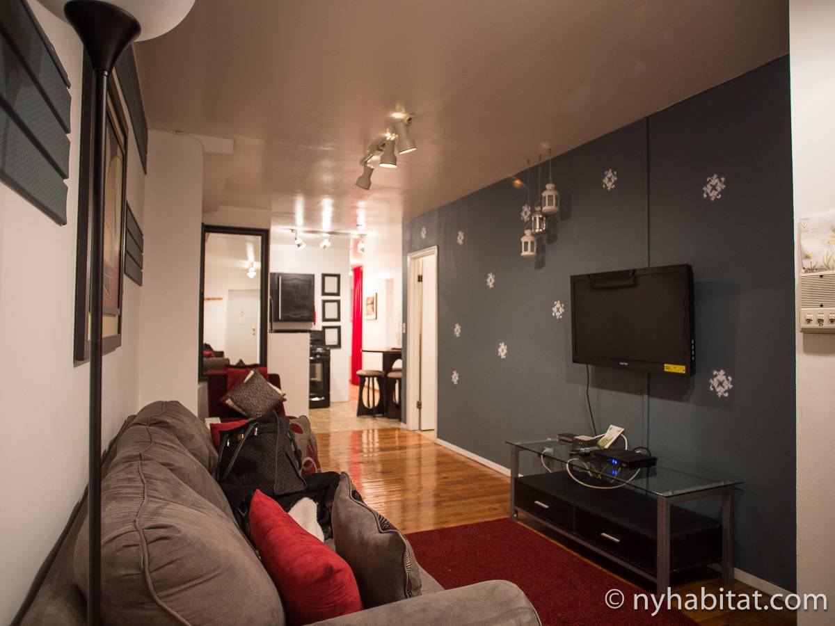 New York 2 Bedroom apartment   living room  NY 203  photo 1 of