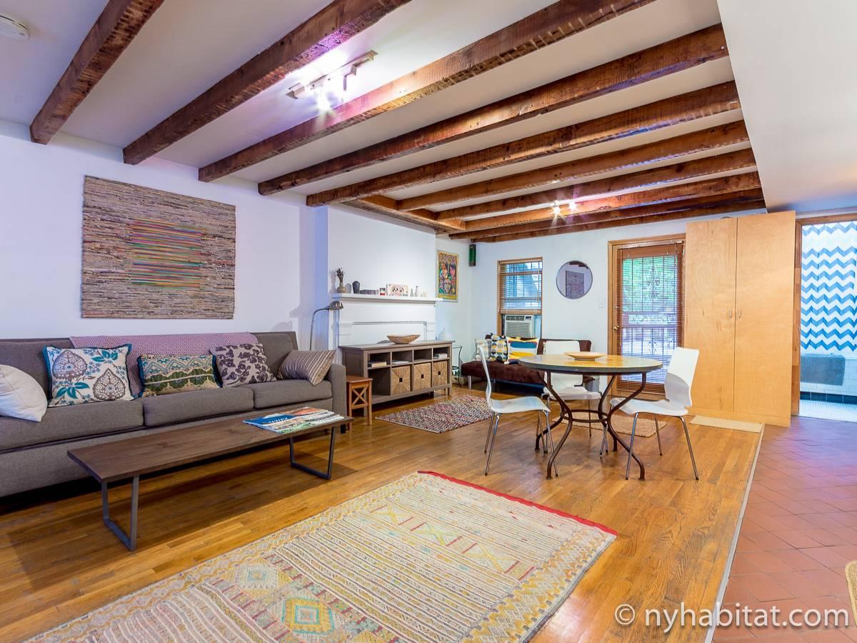New york accommodation studio apartment rental in for Studio apartment in new york