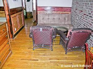 New York 2 Bedroom apartment - living room (NY-11137) photo 2 of 5