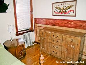New York 2 Bedroom apartment - bedroom 2 (NY-11137) photo 4 of 6