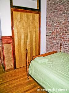 New York 2 Bedroom apartment - bedroom 2 (NY-11137) photo 5 of 6