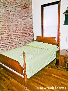 New York 2 Bedroom apartment - bedroom 2 (NY-11137) photo 1 of 6