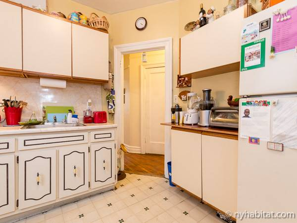 New York Roommate Room For Rent In Astoria Queens 1 Bedroom Apartment Ny 11162