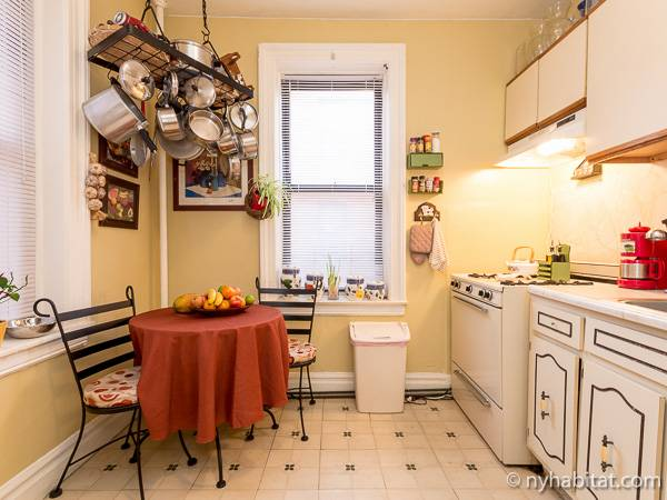 New York Roommate Room For Rent In Astoria Queens 1