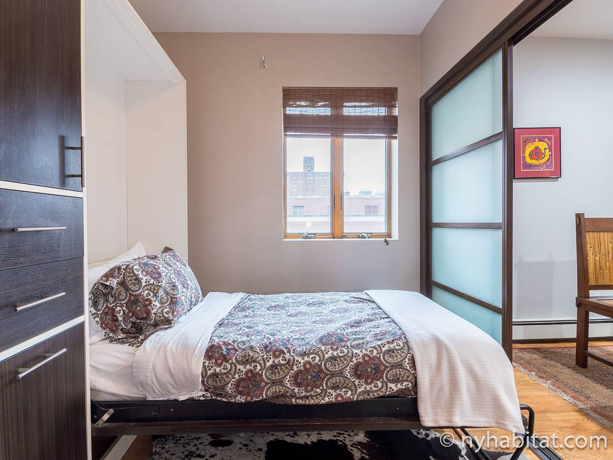 New York 3 Bedroom roommate share apartment - bedroom 3 (NY-11228) photo 2 of 8