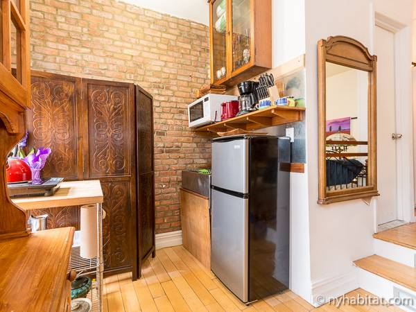 New York Studio accommodation - kitchen (NY-11966) photo 3 of 4