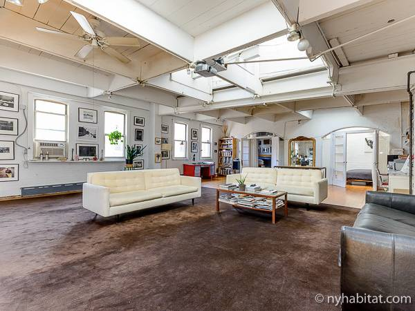 New York 1 Bedroom   Loft Apartment   Living Room 1 (NY 12138) ...