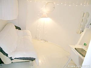 New York 5 Bedroom roommate share apartment - bedroom 4 (NY-12153) photo 1 of 2