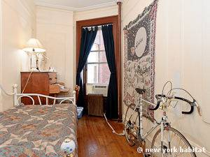 New York 5 Bedroom roommate share apartment - bedroom 3 (NY-12231) photo 1 of 5