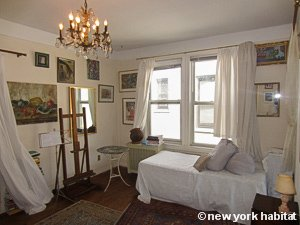 new york room for rent 2 bedroom apartment for a roommate in astoria