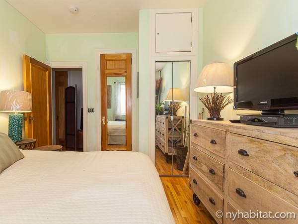 New York 1 Bedroom accommodation bed breakfast - bedroom (NY-12474) photo 4 of 4
