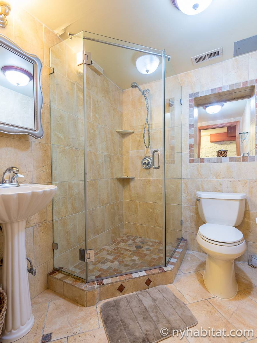 new york 2 bedroom duplex apartment bathroom 2 ny 12546 photo 1