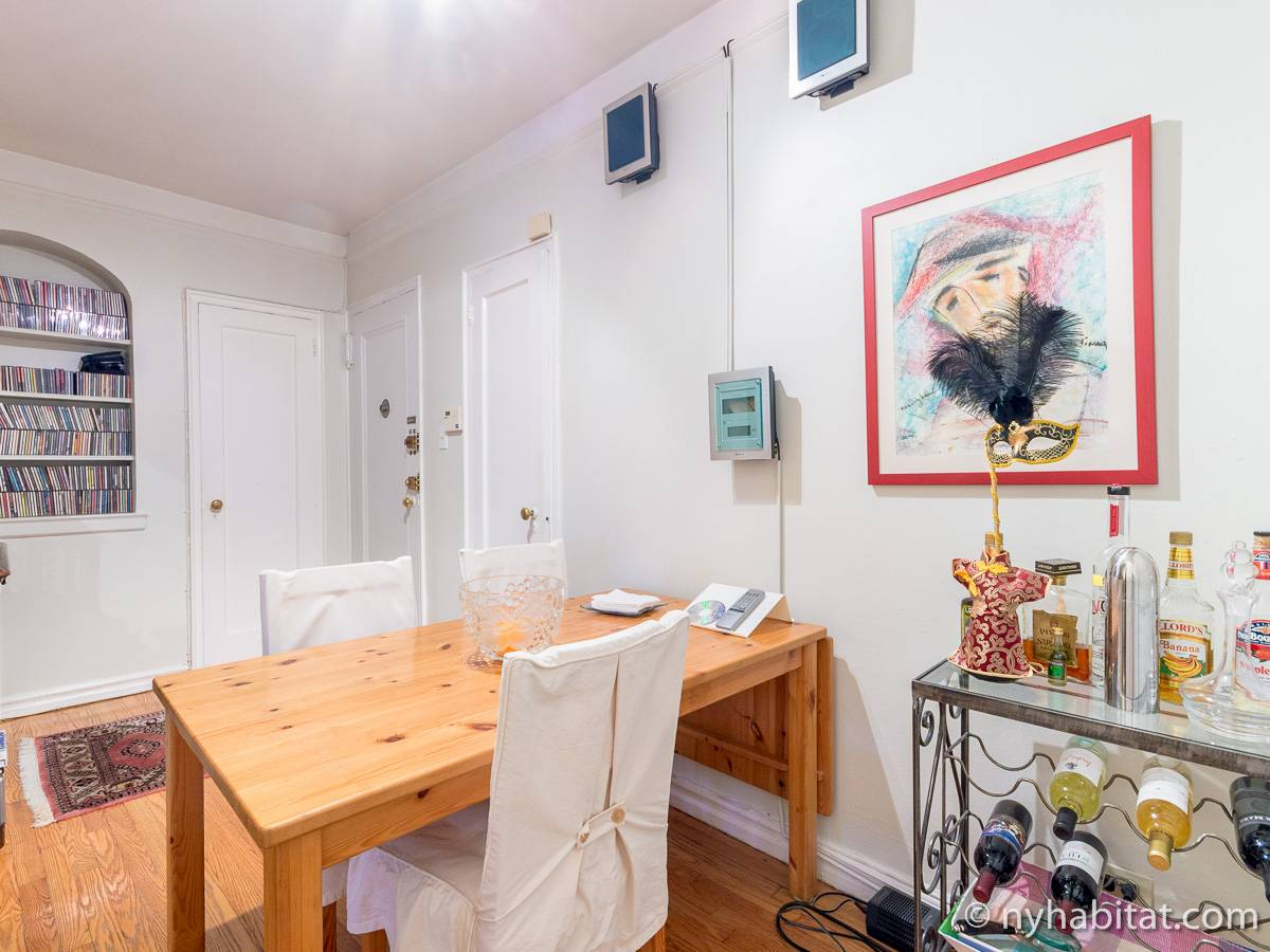 New York Roommate Room For Rent In Sunnyside Queens 2 Bedroom Apartment Ny 12562
