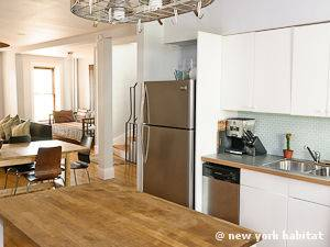 New York 3 Bedroom - Duplex accommodation - kitchen (NY-12670) photo 2 of 5