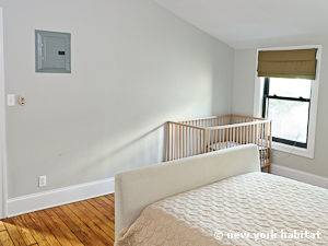 New York 3 Bedroom - Duplex accommodation - bedroom 1 (NY-12670) photo 2 of 6