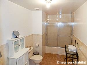 New York T3 logement location appartement - salle de bain 2 (NY-12846) photo 1 sur 2