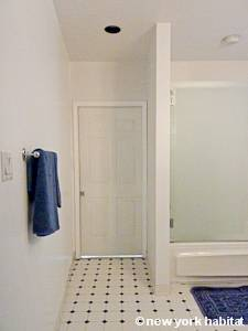 New York 2 Bedroom apartment - bathroom (NY-12975) photo 3 of 3