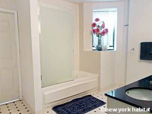 New York 2 Bedroom apartment - bathroom (NY-12975) photo 1 of 3